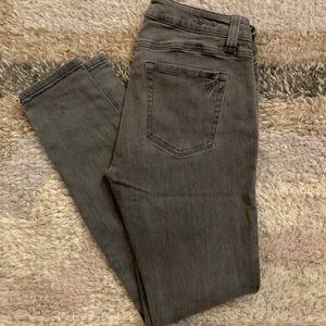 Cabi Gray Skinny Stormy Wash Jeans 921